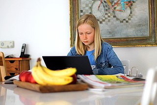 Wie Eltern ihre Kinder gegen Cybermobbing schützen können