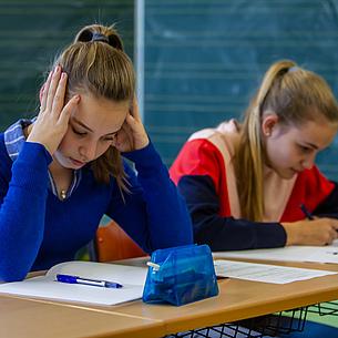 Schluss mit Schulstress: Gratis-Ratgeber