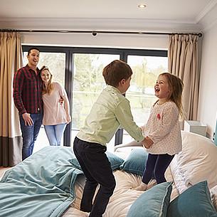 Die besten Haftpflichtpolicen für Familien