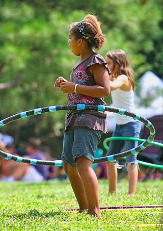 Hula-Hoop: Die besten Tipps für den Anfang