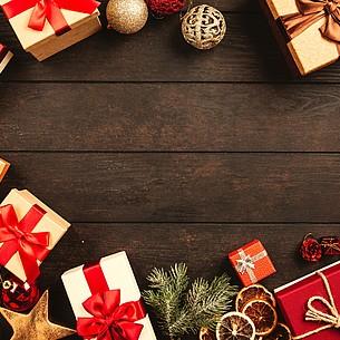 Von Gurken und Geistern: 8 kuriose Weihnachtsbräuche weltweit